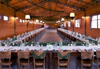 drewniana sala weselna
