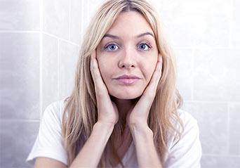 twarz kobiety blondynki